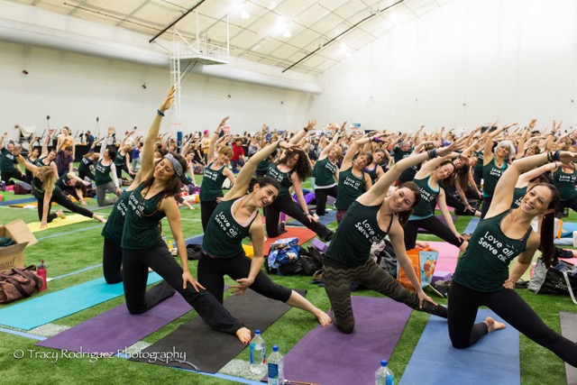 Yoga Reaches Out 2015 Yogathon-Yogis For Social Media-0242