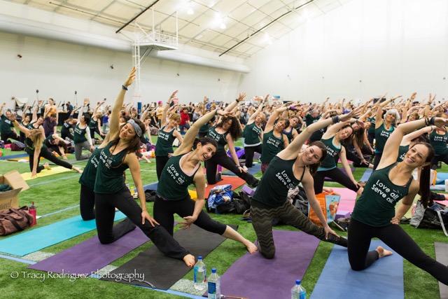 Yoga Reaches Out 2015 Yogathon-Yogis For Social Media-0242